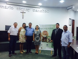 O Presidente Ruberlei Bulgarelli, o Delegado do CRC/MS Walter Bernegozzi e autoridades de Nova Andradina